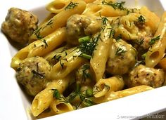 Penne z drobiowymi klopsikami Penne, Chicken Wings, Potato Salad, Potatoes, Meat, Ethnic Recipes, Kitchen, Food, Cooking