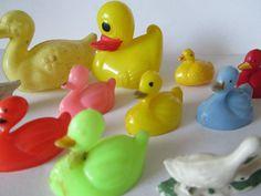 vintage plastic ducks