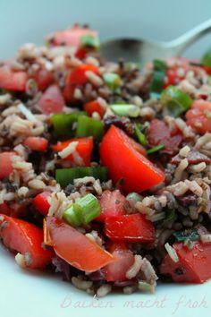Backen macht froh-Kochen ebenso: Wildreissalat mit Rotwein, Oliven und Rosinen