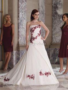 Vestidos de novia con detalles en color rojo
