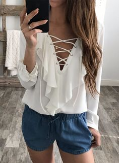 V Neck Lace-up Ruffle Long Sleeve Pullover Blouse | victoriaswing