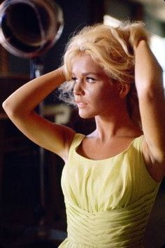 Tuesday Weld. «