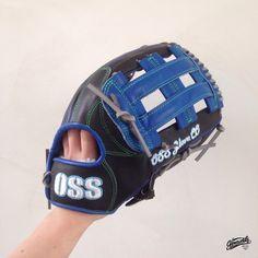 Build your custom glove at gloveworks.net and bring it home! #Baseball #CustomGlove #Softball #Glove #Gloveworks