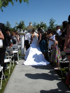 Ceremony By Pastor Tom Burgos Veil Cord And Coins Officiant Pinterest Toms