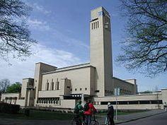 Willem Marinus Dudok - City Hall (1931) Hilversum, The Netherlands