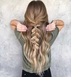 """622 Likes, 10 Comments - BRITTANY GONZALEZ (@hairbybrittanyy) on Instagram: """"Simple braids are still cute right Color by the amazing @beckym_hair #braids #braidinspo…"""""""