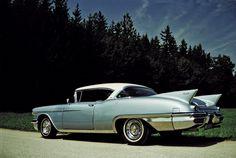Cadillac Eldorado Seville de 1958. Fotografia by Gerald Loidl y depositada en Flickr. (2)