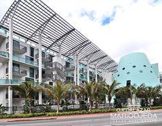 Terra Beachside Villas has an amazing north beach location in Collins Avenue, Miami beach - very close to the intercoastal and La Gorce Country Club. Unique Buildings, North Beach, Luxury Real Estate, Miami Beach, Architecture Design, Condo, Louvre, Exterior, World