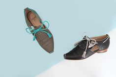 The Mile End is a truly original vehicle with open sides, tassel-ended leather laces and that familiar little outseam on the toe. They fit one passenger comfortably for a plethora of destinations.