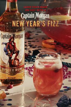 We don't call the Original Spiced Rum, fresh cranberries, apple cider, and sparkling wine in our New Year's Fizz 'ingredients'—we call them party flavors. HOW TO MAKE (Serves 8): 1.5 cups Captain Morgan Original Spiced Rum, 1 Large Bag of Ice, 5 cups 100% Cranberry Juice, Two 750 ml Bottles of Very Dry Sparkling Wine, 2 cups Apple Cider, 1.5 cups Ginger Ale, 2 Sliced Oranges, 1 cup Fresh Cranberries. Fancy Drinks, Bar Drinks, Non Alcoholic Drinks, Cocktail Drinks, Yummy Drinks, Cocktail Recipes, Beverages, Thanksgiving Cocktails, Christmas Cocktails