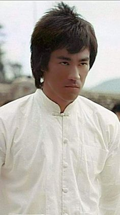 Wing Chun, Kung Fu, Bruce Lee Master, Bruce Lee Martial Arts, Jeet Kune Do, Bruce Lee Photos, Jet Li, Batman Art, Beast Mode