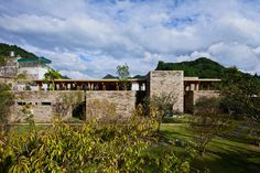 bamboo son la restaurant in vietnam by vo trong nghia architects