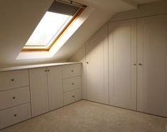 Ideas storage room closet under stairs Attic Bedroom Closets, Attic Bedroom Storage, Loft Storage, Small Space Bedroom, Attic Wardrobe, Attic Closet, Attic Bathroom, Attic Rooms, Attic Spaces