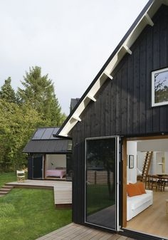 Danish Pitched Roof Summer House by Powerhouse Company in architecture Category Modern Barn, Modern Rustic, Danish House, Black House Exterior, Weekend House, Modern Farmhouse Exterior, Village Houses, Residential Architecture, Danish Modern