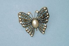 Vintage 1960s Filigree Diamante and Pearl by QueensParkVintage, $35.00