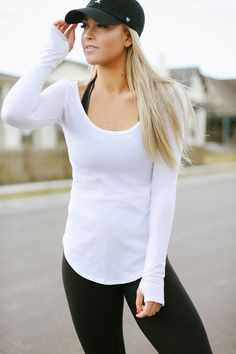 Black Leggings  |  White fitted henley  | black baseball cap  | simple makeup and you got confidence all day long!