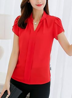 Summer Polyester Women V-Neck Plain Short Sleeve Blouses Red Blouses, Blouses For Women, Jw Moda, Khadi Kurta, Mama Shirt, Work Tops, African Attire, Blouse Online, Blouse Styles