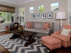 wohnzimmer streichen ideen beige wände zig zag teppich stoffmuster kombinieren