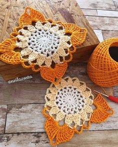 Knitting and crafting lace - Knitting Crochet Crochet Motifs, Granny Square Crochet Pattern, Crochet Blocks, Crochet Stitches Patterns, Crochet Squares, Crochet Doilies, Crochet Flowers, Diy Crafts Crochet, Crochet Projects