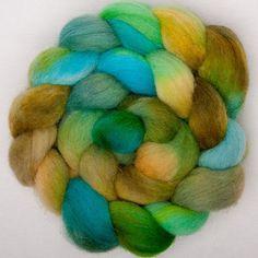 Cheviot 120g hand painted British wool tops roving by YummyYarnsUK