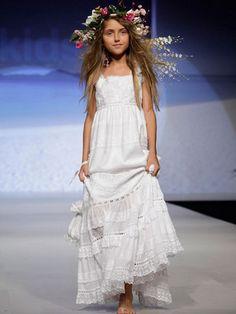 Beatriz Aguirre Personal Shopper y Estilismo: TRAJES DE COMUNIÓN 2012