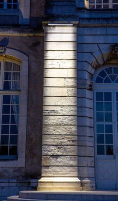 © FLUX LIGHTING.  Produits utilisés :  X-LINE³ et X-LINE NANO. Abbaye des Prémontrés, Pont-à-Mousson (54). Maître d'œuvre : ALTESIO. Maître d'ouvrage : Communauté de communes du bassin de Pont-à-Mousson Installateur : SVT.