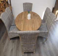 Made with reclaimed teak wood and hand finished, our Oval 'Celtic' six seater dining table set complete with chairs will add character to your home.  The tables feature beautifully shaped legs to give elegance and style to your dining room or kitchen.  http://rustichouse.co.uk/index.php/reclaimed-wood/celtic-range.html