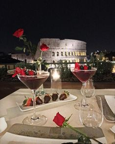 Pinterest: @AlexaBom #luxuryyachtblack