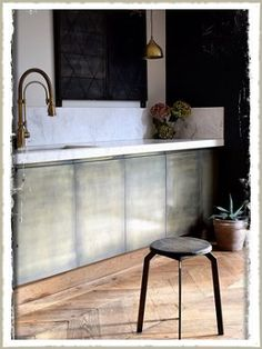 brass kitchen1