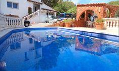 Ein stilvoll renoviertes Familienchalet in El Toro mit 350 m2 Wohnfl., 5 SZ, Zentralheizung, Parkgarten mit Pool zur Langzeitmiete € 3.500.- Kauf € 1,3 Mio.