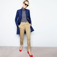 Crew Looks We Love: women's Regent topcoat, striped tissue turtleneck T-shirt, broken-in boyfriend chino, Illesteva™ black Leonard sunglasses and Gemma flats. Khaki Pants Outfit, Beige Outfit, Red Flats Outfit, Turtleneck T Shirt, Striped Turtleneck, J Crew Outfits, Casual Outfits, Work Casual, Casual Chic