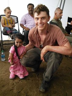Evan Peters is such a hottie! (Jyoti is adorable too!)