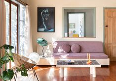 Juliette Wanty's Auckland Cottage is a Masterclass In Doing The Most With A Rental - Sight Unseen Tiled Coffee Table, Pedestal Dining Table, Apartment Therapy, Apartment Living, Interior Styling, Interior Design, Built In Furniture, Cabinet Colors, Eclectic Style
