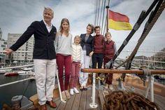 Los Reyes de Bélgica, Felipe y Matilde, han comenzado sus vacaciones estivales acompañados de sus cuatro hijos.
