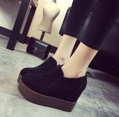 Women'S Round Toe Hidden Heel Platform Side Zip Ankle Boots Creepers Shoes Q3381