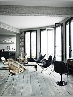 Love the floorboards! From My Scandinavian Home (http://myscandinavianhome.blogspot.com.au/2012/01/beautiful-home-with-eclectic-vintage.html)