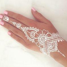 92 Best White Henna Designs Images Henna Mehndi Henna Patterns