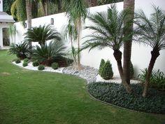 I bordi del giardino permettono di realizzare qualsiasi tipo di design grazie alla sua flessibilità ...