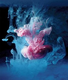 Paint Dropped into Water – Amazing Photos