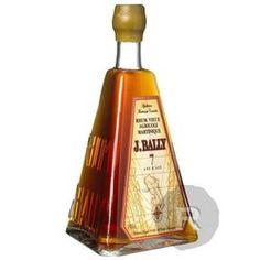 Ce rhum Bally Pyramide 7 ans est un classique de la Maison Bally. Commercialisée pour la première fois dans les années 30. cette bouteille pyramide devient rapidement la signature de la marque Bally.