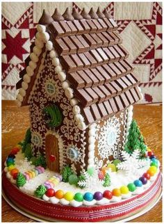 Chocolate Gingerbread House (108 pieces)
