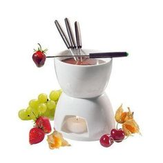 This porcelain Frieling Fondue Pot Set is perfect for melting chocolate and serving to small groups! This fondue pot is perfect for dipping toast, marshmallows, graham crackers, strawberries and other fresh fruits! Chocolate Fondue Set, Chocolate Cheese, Chocolate Lovers, Chocolate Ganache, Chocolate Treats, Delicious Chocolate, Melting Chocolate, Chocolate Brown, Romantic Dinner For Two