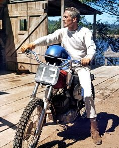 For more Paul pics and info, and all things Classic Hollywood, visit my website! Hollywood Photo, Hollywood Star, Vintage Hollywood, Classic Hollywood, Steve Mcqueen Style, Paul Newman Joanne Woodward, The Color Of Money, Cool Hand Luke, Sundance Kid