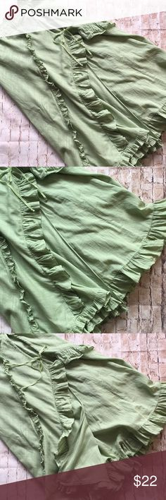 """Free People Boho Ruffle Layered Skirt Great condition Size 6 Ties in front see pic 14"""" elastic waist with some extra stretch 30"""" long  Ruffles  One flaw see pic 2 small hole upper back side  Flat measurements  No rips or stains Non smoking environment 💕 Free People Skirts Mini"""