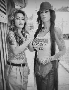 cholias Chicano Love, Chicano Art, Estilo Cholo, Arte Lowrider, Aztecas Art, Chola Girl, Cholo Style, Gangster Girl, Brown Pride