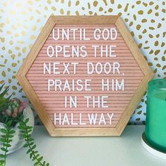 Are you the kind of person who sits, waiting for a door to open? Or are you the one who embraces the wait and praises the man upstairs… Bible Verses Quotes, Faith Quotes, Scriptures, Jesus Quotes, True Quotes, Felt Letter Board, Felt Boards, Jesus Art, Christian Quotes