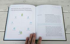 Service design thinking book