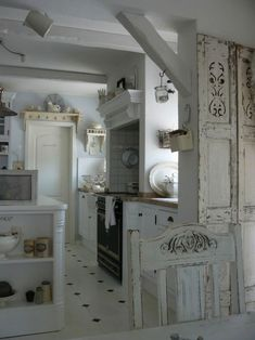 34 Charming Shabby Chic Kitchens Youll Never Want To Leave | DigsDigs