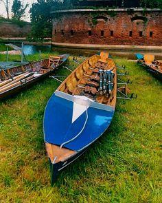 Venezia P.Sabbioni Forte vecchio.  Barche pronte per la vogalonga di domani a Venezia. Buon vento a tutti i vogatori #verso_venezia #veneziaautentica #veneziaunica #venezianity #evenice #veneziain #venezia #bestvenetocips #igersveneto #igersvenezia #prettylittleitaly #italiainunoscatto #italia360gradi #lovesvenezia #venetoworld #vivoveneto #vivovenezia #unlimitedvenice #visitvenezia #visitcavallino #volgoitalia #travelchannel by settembriniluigi