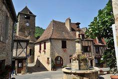 Autoire, la place du village ~ Lot
